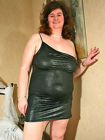 busty; chubby; dutch women; housewives; pantyhose; solo;