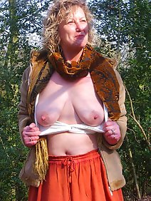 amateur; busty; outdoors;